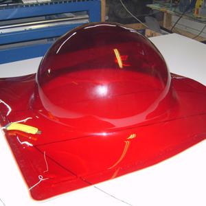 Прозрачная пластиковая полусфера из оргстекла