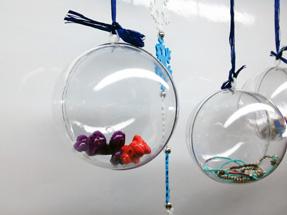 Шар пластиковый прозрачный для декорирования диаметром 10 см