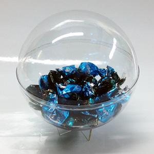 Прозрачный шар в качестве подарочной упаковки